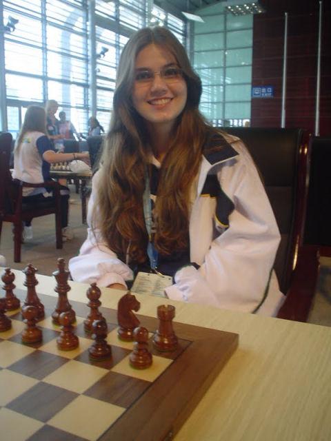 麗しき女性チェス棋士の肖像 その一